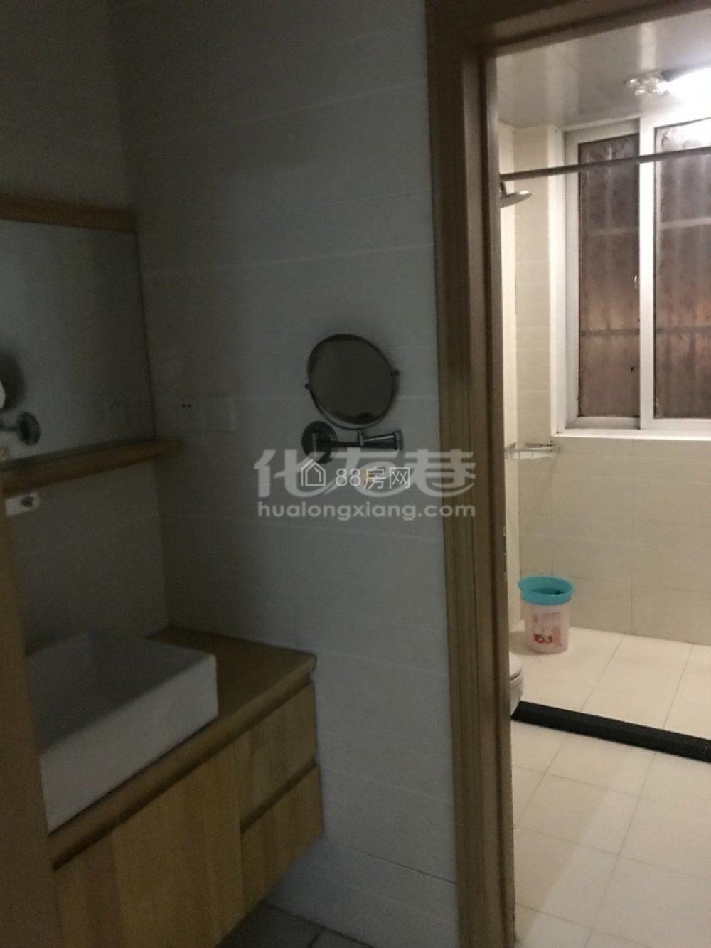 恐龙园附近的香树湾名苑3室120平米1600元电梯房出租