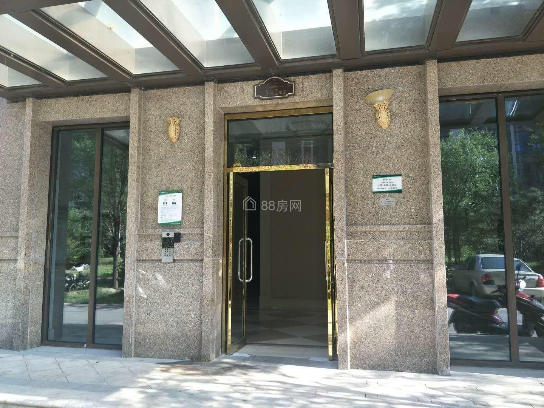 京东总部 珠江四季悦城 复式 一居室 双卫