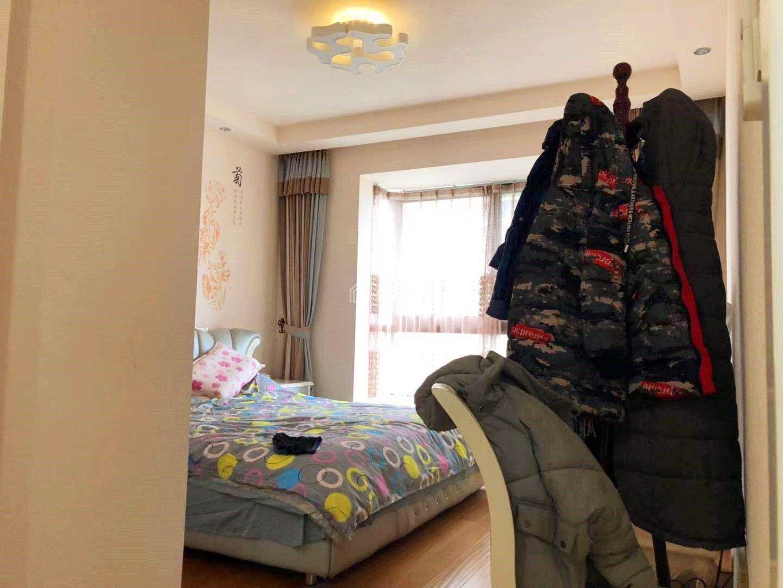 这栋是业主自己装修的 实拍图片 昆山本地人 看房都在家
