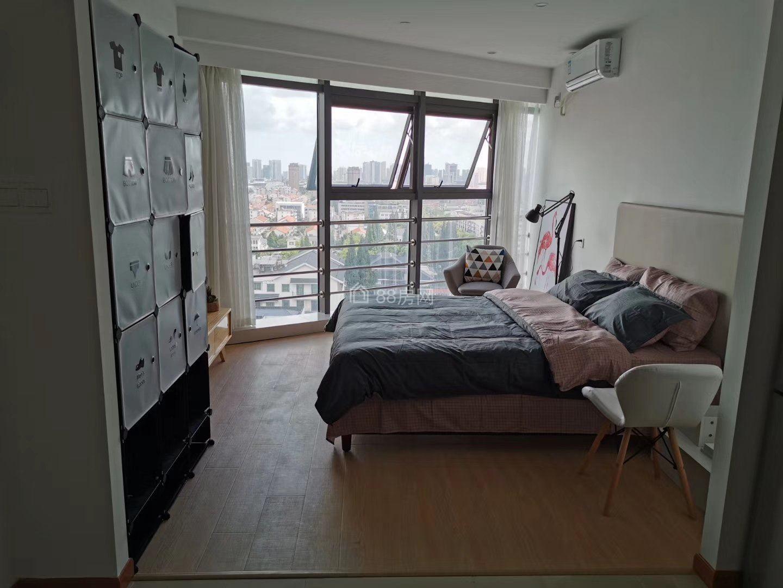 出租太仓市中心弇州府公寓一室一厅一卫精装1950元月