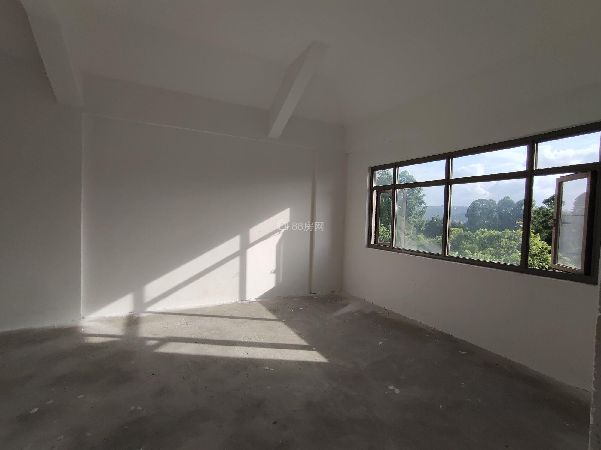 海逸豪庭 御峰523平高尔夫球场边独栋别墅 送245平地下室