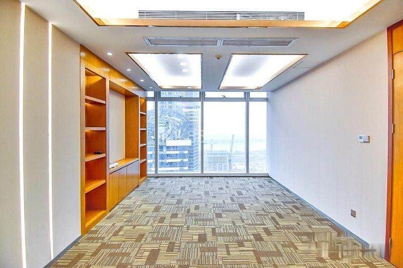 享前海政策前海卓1越壹号300平正对电梯精装带家私海景