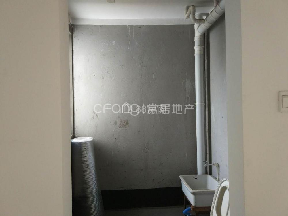瑞丰花苑 1400元 2室1厅1卫 普通装修,正规好房型出租