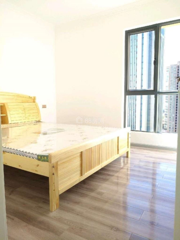 南片区景泰瑞园126平米3室2厅2卫 带全套家具家电出租