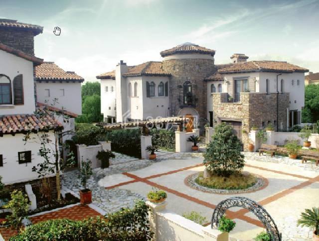 同润圣塔路斯千年古镇泗泾唯一 南加州风格纯独栋别墅