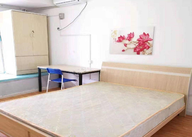 水果市场旁 精装修一室 押龒付龒 拎包入住 随时看房