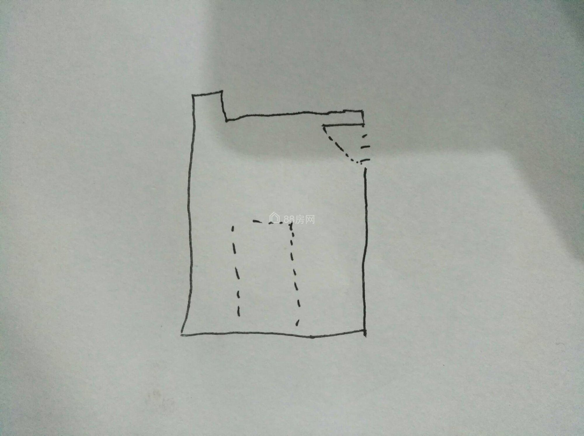 清江润城旁至上未来城单间出租,有床有衣柜,空调