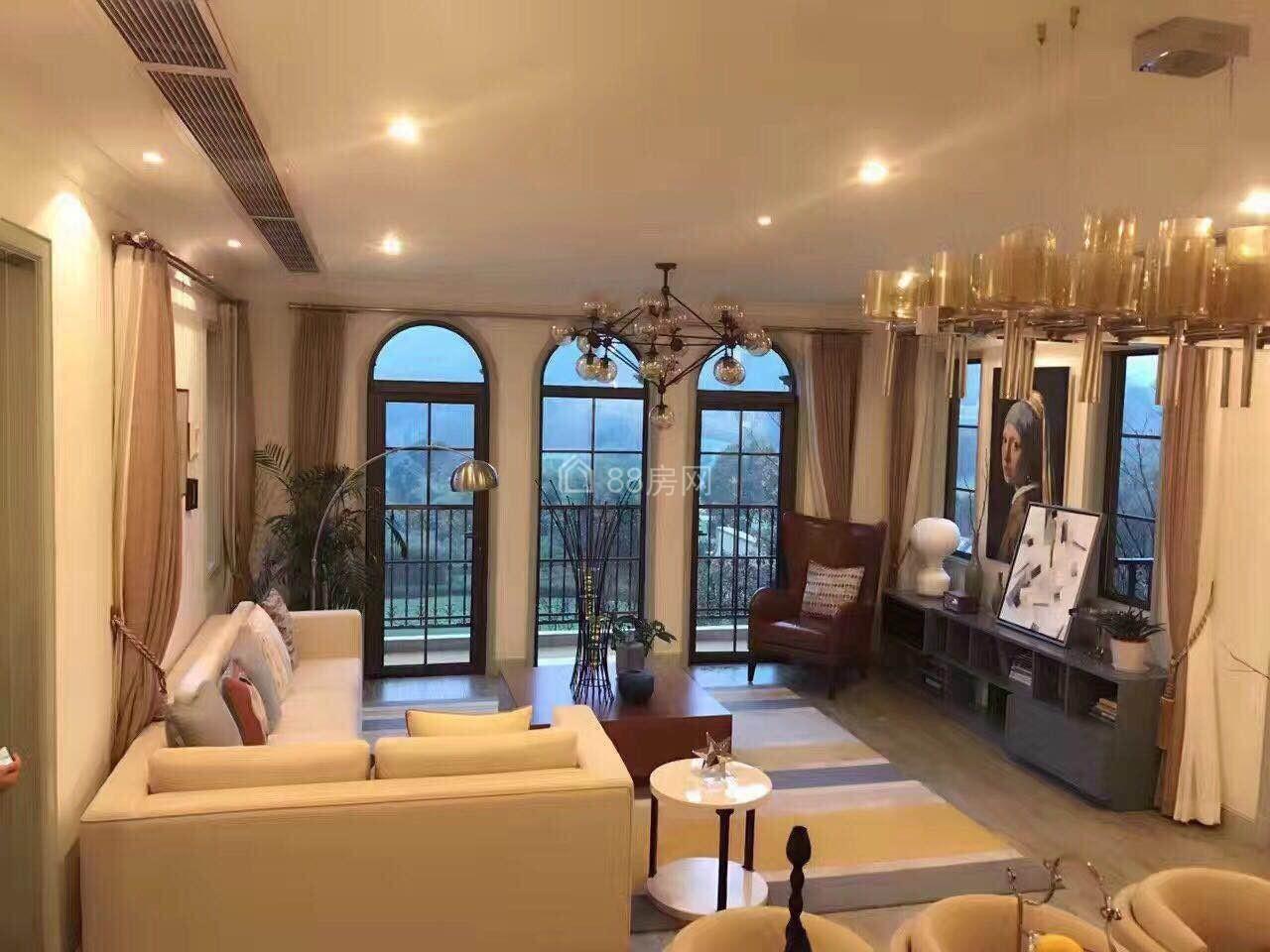 安吉 绿城龙王溪玫瑰园 一期现房急售 房东抛售 精装修
