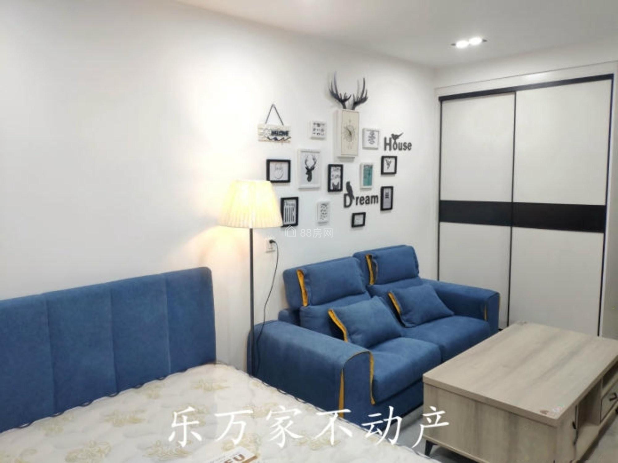 全新公寓首租~家具家电全齐 密码锁入户 泰华近 国王菲比近