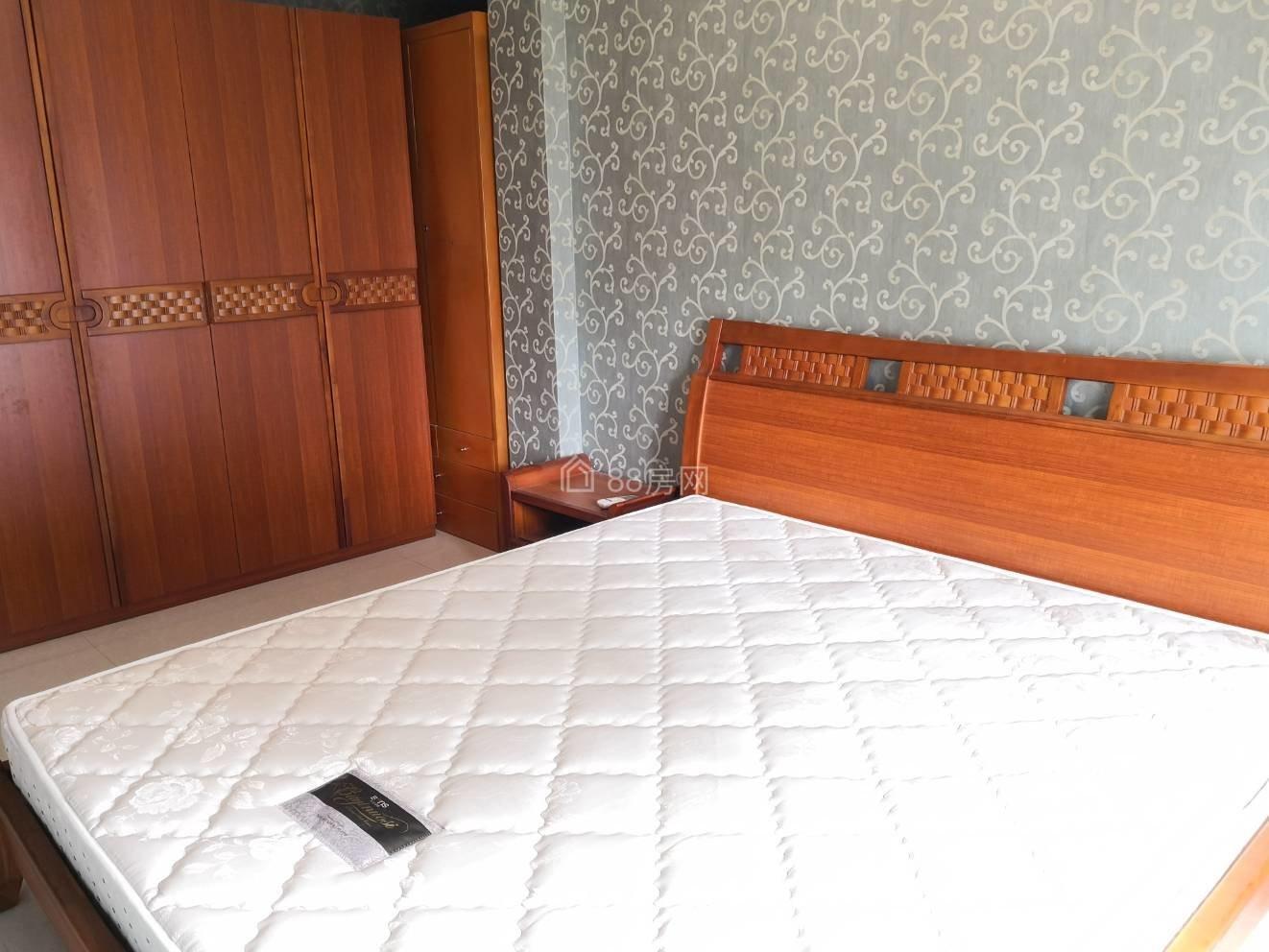 卓达巴哈马 精装大三房 全新家具家电 干净整洁 拎包入住