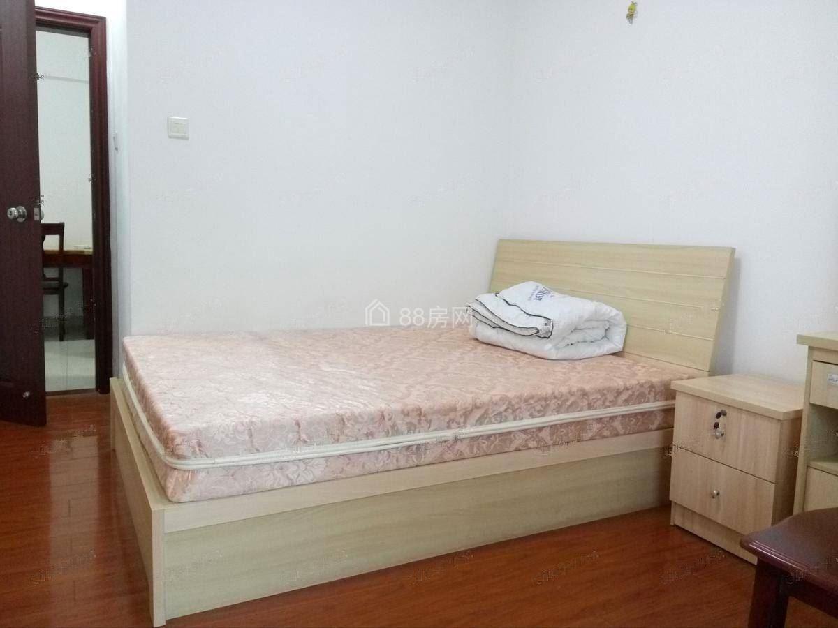 金域缇香 2室2厅1厨1卫76.0m²整租