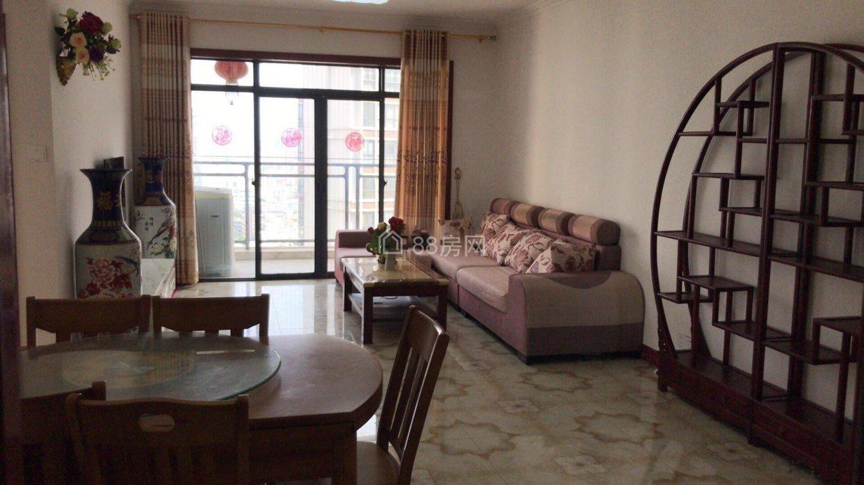 南珠市场旁 北海名座2房2厅 精装出租仅1500/月