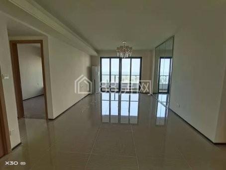 恒大美丽沙不一样价格395万复式楼精装修看房很方便急售急售