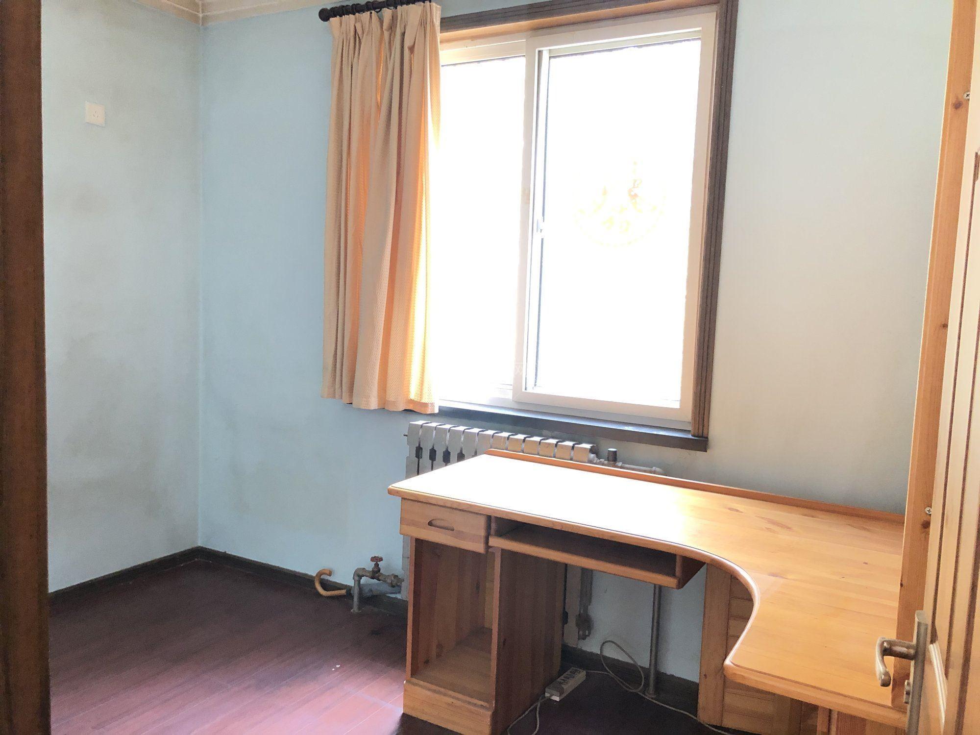 伟东新都一区精装修3房南北通透全配位置安静实景拍摄