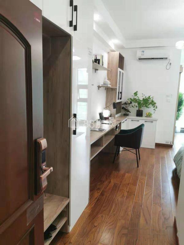 新房:45平精装一居+通燃气+阳台大飘窗+不限/购+自用出租