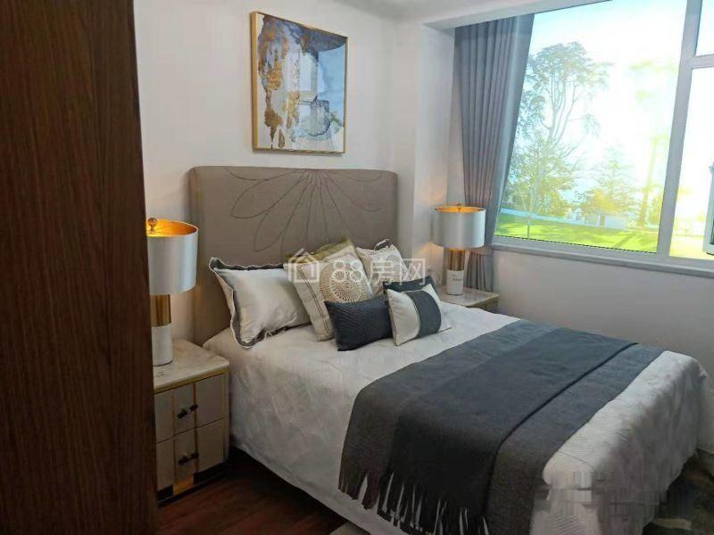 盘龙城奥特莱斯一手新房,刚需三房,盘龙城核心区域,配套成熟
