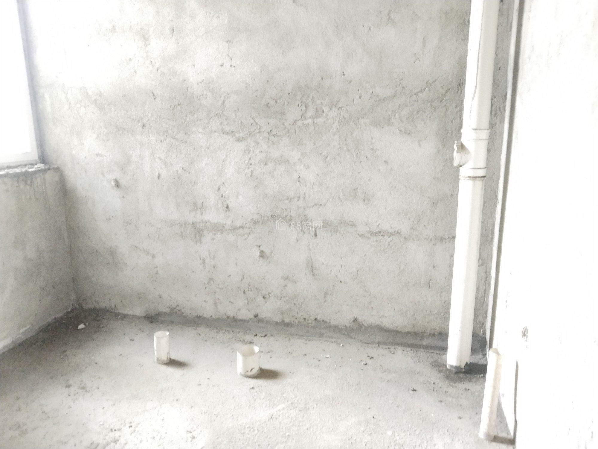 4000一平水映豪廷对面蒸湘世纪城毛坯大三房双阳台步梯中层