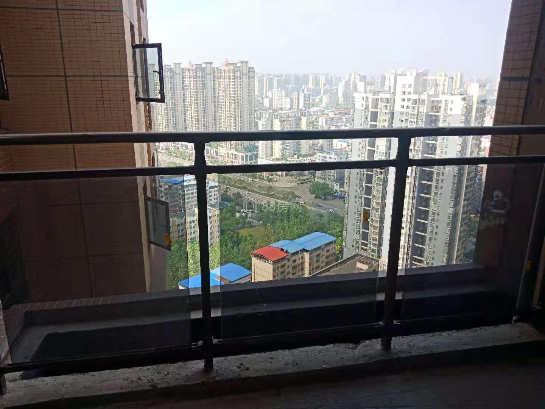 冠融乐城 85万 4室2厅2卫 高档小区 近南华大学广电旁